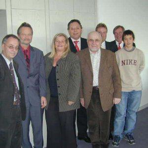 v.v. l.n.r.: Arnold Biciste (Caritas), Gunter Glaser, (DRK), Brigitte D´moch-Schweren (Der Paritätische Wohlfahrtsverband), Pfarrer Cepl (Amt für Diakonie),h.l.n.r.: Hardy Fuß MdL, Martin Uhle (ASB), Gregor Renner (Praktikant SPD), Felix Thurow (AWO)
