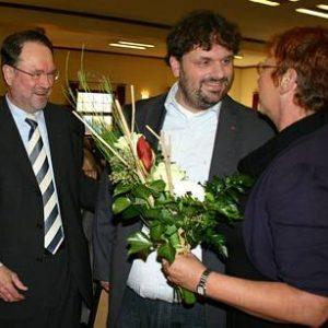 Bernhard Hadel, Guido van den Berg und Gabi Frechen auf dem Kreisparteitag (Foto: Funken)