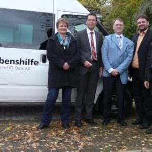 Besuch der Lebenshilfe e.V. in Elsdorf: V.l.n.r.: Gabi Baxpehler, Dierk Timm, Lutz Schumann, Guido van den Berg MdL, Horst Baxpehler.