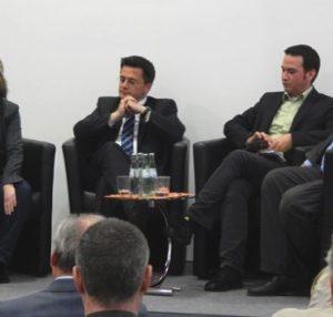 (v.l.) Tine Hørdum, Minister Thomas Kutschaty MdL, Stephan Renner und Guido van den Berg MdL