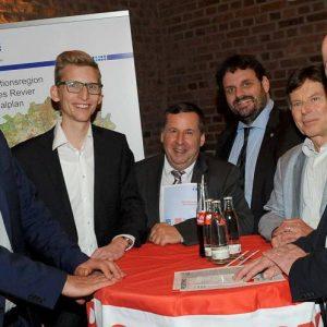 Dr. Stefan Gärtner, Daniel Rinkert, Dr. Lothar Mahnke, Guido van den Berg MdL, Joachim Diehl und Rainer Thiel MdL
