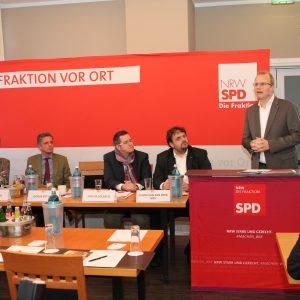 Jürgen Becher, Achim Leirich, Sascha Solbach, Guido van den Berg MdL und Jochen Ott MdL