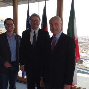 v.l.n.r.: Dierk Timm, Staatssekretär Dr. Marc Jan Eumann, Hans Krings
