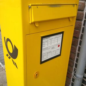 Briefkasten mit Sonntragsleerung