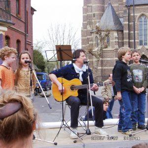 Grundschüler aus Kirchherten auf der Friedensdemo
