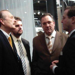 Klaus Lennartz (SPD), Guido van den Berg (SPD), Hardy Fuß (SPD) und Günter Hofmann (PLANTRONICS)