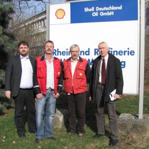 Guido van den Berg, Gesamtbetriebsratsvorsitzenden Wolfgang Koenn, Wesselinger Betriebsratsvorsitzenden Bernd Puth und Landratskandidat Hans Krings