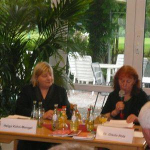 Helga Kühn Mengel und Dr. Notz