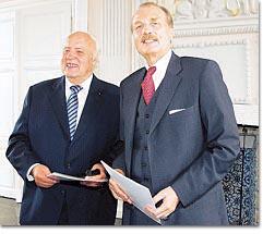 Wilhelm Schmitz (l.) und Klaus Lennartz wurden für ihre Verdienste in der Politik geehrt.