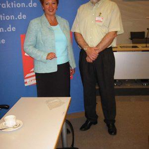 Gabriele Frechen MdB und Betriebsrat Anton Pohl