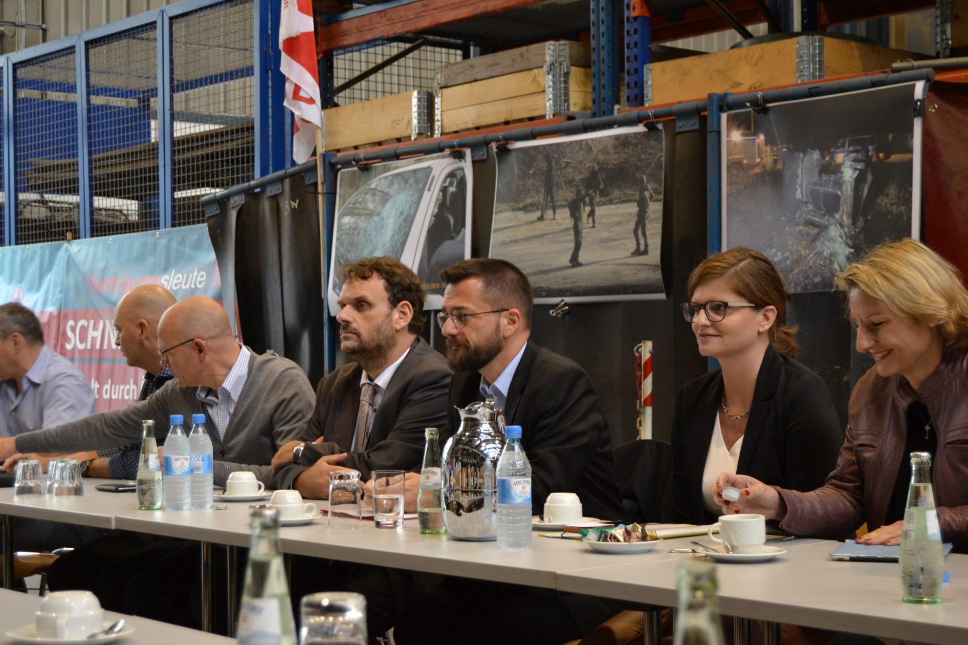Gespräch Gesamtbetriebsrat 7.9.18 Offener Austausch mit dem Gesamtbetriebsrat in der Werkstatt des Tagebau Hambach.