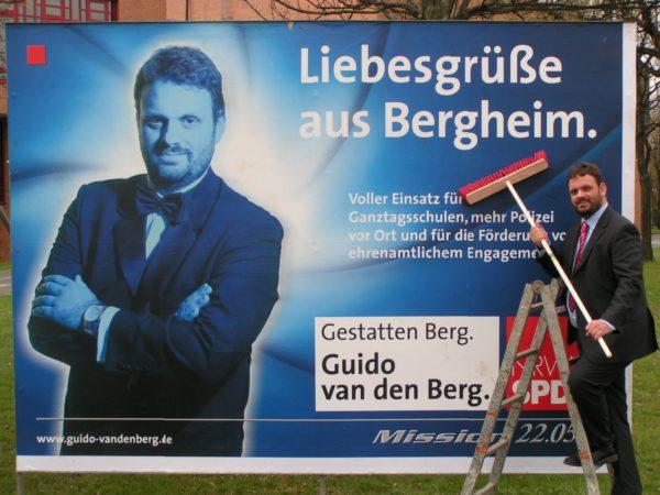 """""""Liebesgrüße aus Bergheim""""- Guido van den Berg stellt seine Kampagne vor. (2005)"""