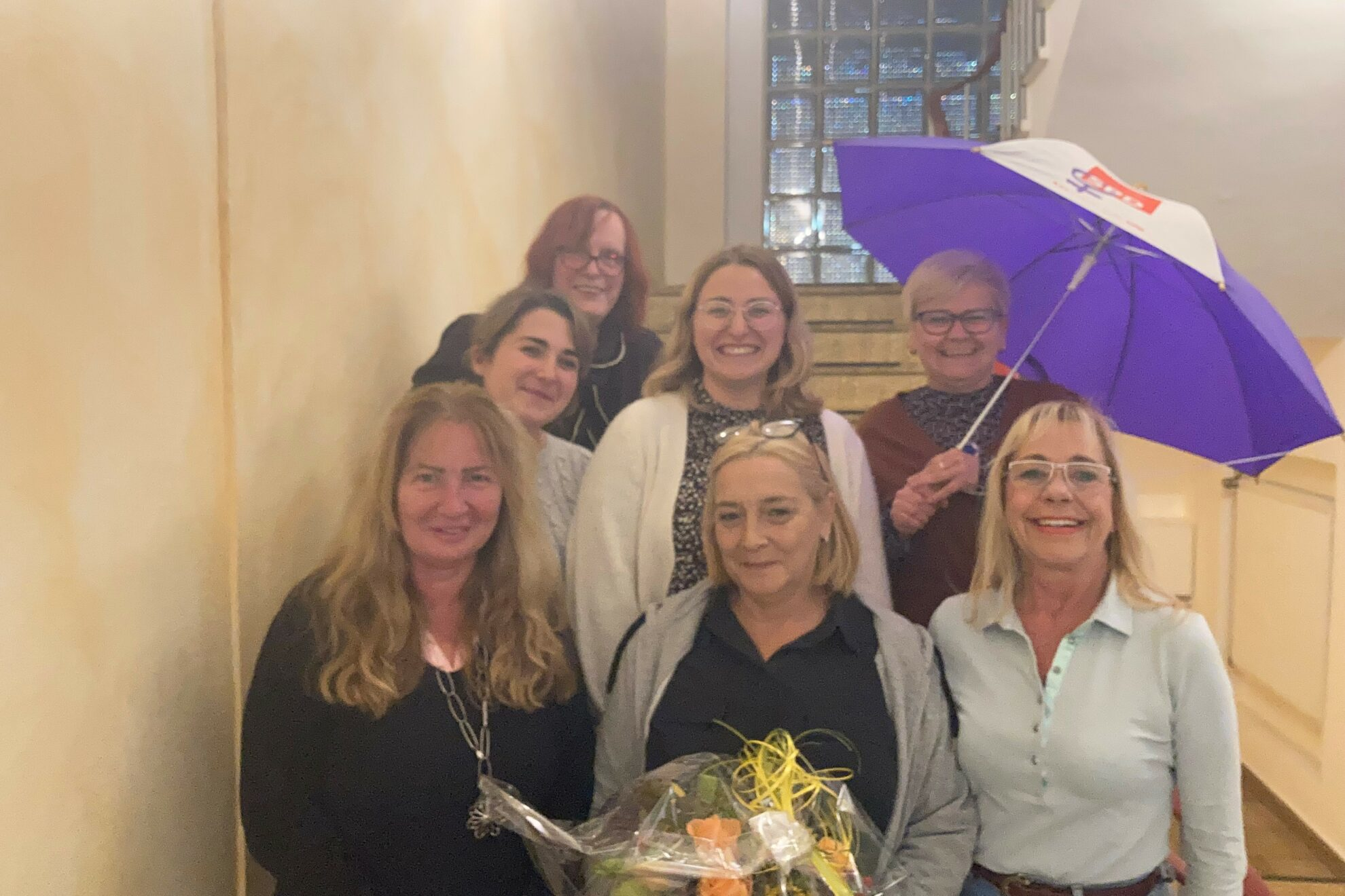 Gruppenbild: Hildegard Venghaus, Marie Hembsch, Jeanette Booms, Nina Wolff, Melani Schmielewski, Nicol Weitz und Iris von Gallera (v.l.n.r.) bilden den neuen AsF-Vorstand.